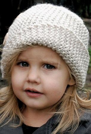 Детская шапочка спицами